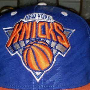 NWT Adidas New York Knicks Hat Cap Snapback